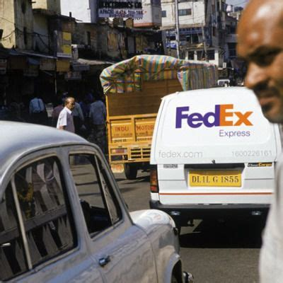 Has anyone esle filed an insurance claim with fedex and was not considered the shipper? FedEx Plays Catch Up in India