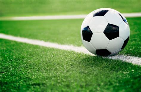 Последние твиты от fussball deutschland (@fussball). Fußball: Ein zweites Modell - an das aber niemand so recht ...