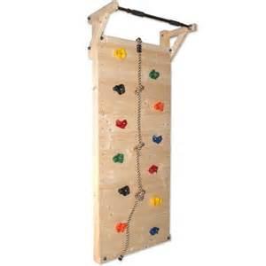 klettergerüst kinderzimmer die besten 17 ideen zu klettergerüst auf kinder hof spielplatzelemente und baumhäuser