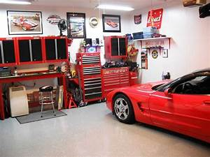 Www Style Your Garage Com : garage design ideas optimizing chessboard flooring ideas amaza design ~ Markanthonyermac.com Haus und Dekorationen