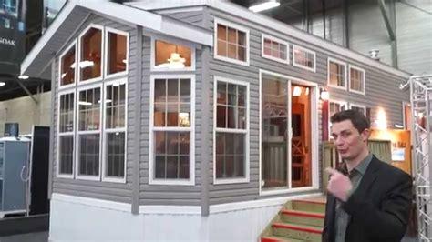 Expert Home Two Bedroom Fairmont Park Model Rv Tour Youtube
