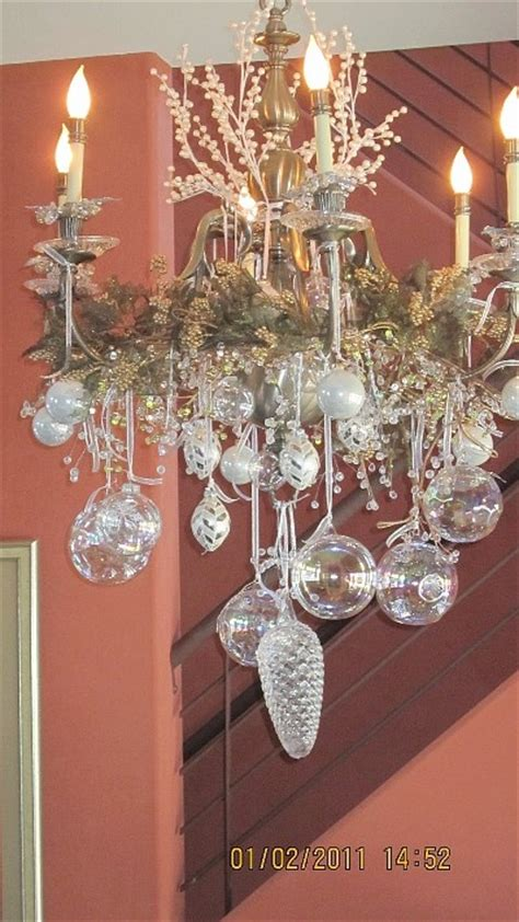 Decorating Chandeliers by Best 25 Chandelier Decor Ideas On