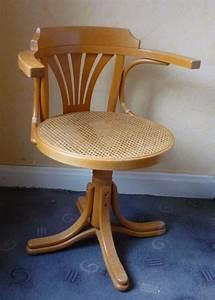 Fauteuil En Bois : fauteuil de bureau en bois ~ Teatrodelosmanantiales.com Idées de Décoration