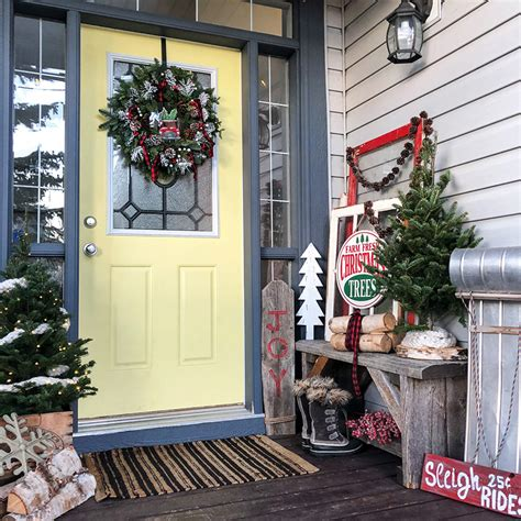 country christmas decorations  front porch