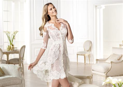 10 Reasons To Love Short Wedding Dresses