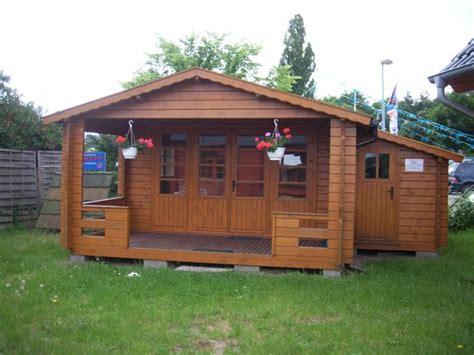 az gartenhaus gmbh gartenhaus mit veranda gartenhaus mit veranda vera 19 m 40mm 4x6 hansagarten24 gartenhaus mit