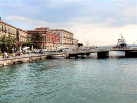 Appartamenti Vacanze Siracusa by Appartamenti Vendita Siracusa Ortigia Island Real Estate