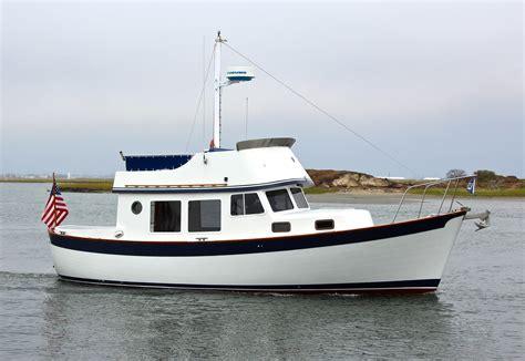 Willard Boats by 1976 Willard 30 Trawler Power Boat For Sale Www