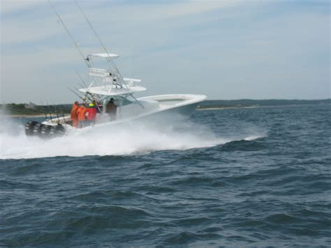 34 Yellowfin Miami Boat Show by Post Your Yellowfin Pics Page 4 The Hull