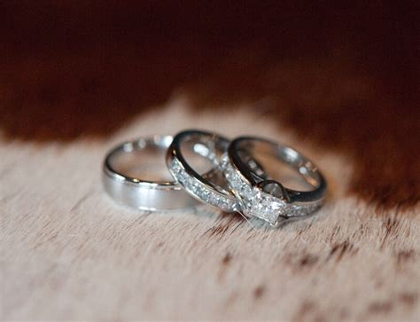What's The Difference Between Engagement Ring And Wedding