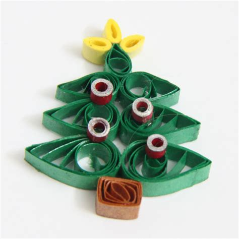 paper quilled christmas tree free tutorial honey s