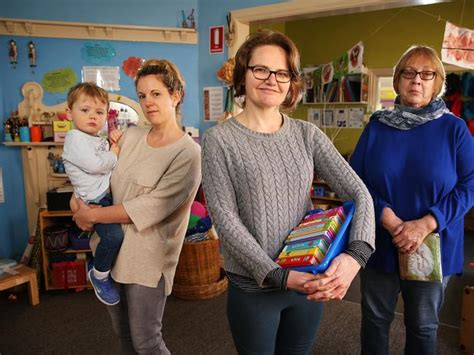 child care workers strike long daycare centres  close
