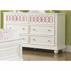 Ashley Furniture Zayley Dresser by Child The Princess Amp The Pea On Pinterest Queen Bunk
