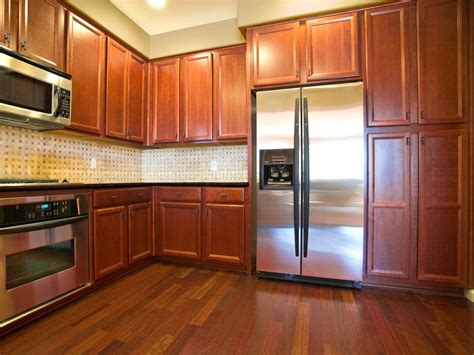 oak kitchen cabinets pictures ideas tips  hgtv hgtv