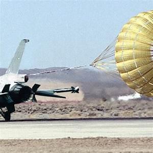 parachute assembly landing f 16 aircraft ribbon caniopy