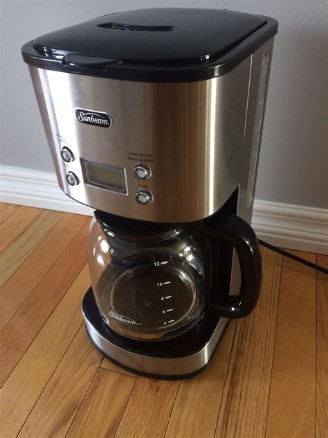 The black and decker 12 cup programmable coffee maker's built quality is fantastic compared to the alternatives. Sunbeam 12 cup coffee maker manual