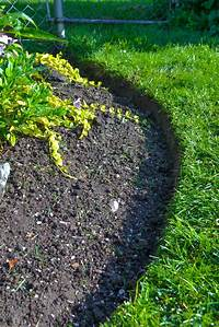 flower bed edging Garden Edging Ideas and the Tools to Help Maintain a ...