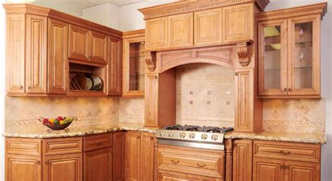 man 17 93 kitchen colors with light wood cabinets 95