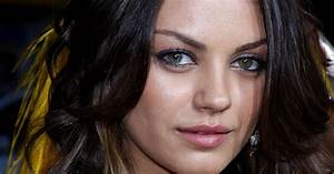 Heterochromia: Two Different Colored Eyes - AllAboutVision.com