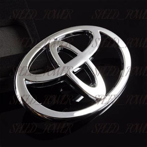 Emblem Toyota Camry By Lumobil for 2002 2003 2004 toyota camry chrome front grille emblem