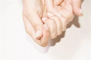 Comment Enlever De La Super Glue Sur Du Plastique : 8 mani res de enlever de la super glue de la peau ~ Medecine-chirurgie-esthetiques.com Avis de Voitures