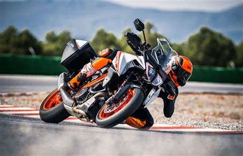 Bajaj and ktm showroom : KTM-Bajaj: 'High-End' Electric Motorcycle Under Consideration