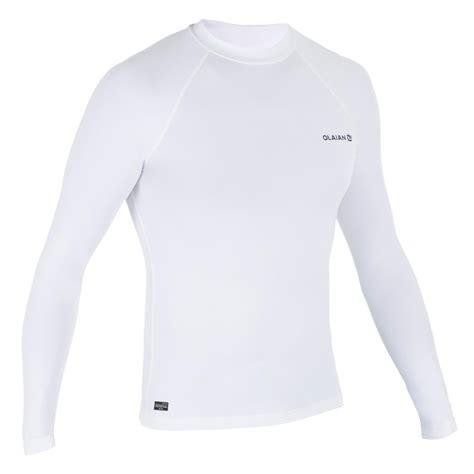 olaian tee shirt anti uv surf top  manches longues homme decathlon