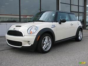 Mini Cooper S 2008 : 2008 pepper white mini cooper s hardtop 47906105 car color galleries ~ Medecine-chirurgie-esthetiques.com Avis de Voitures