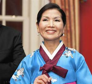 Yumi Hogan Biography - Wife of Larry Hogan and First Lady ...