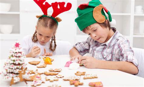 atelier cuisine enfants mignardises de noel atelier cuisine pour enfant centre