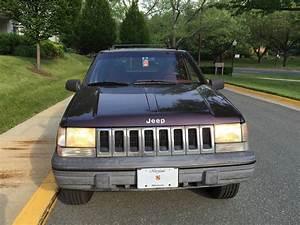 1993 Jeep Grand Cherokee Laredo