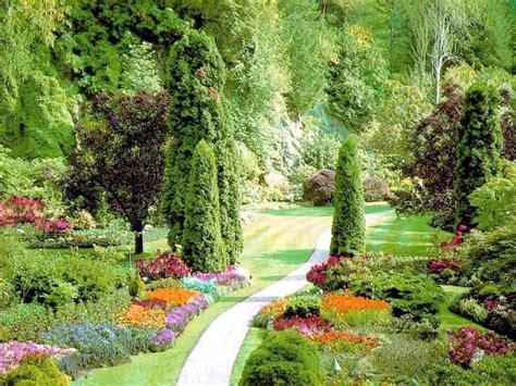 Gardens : Lush Greenery Pictures Beautiful Gardens
