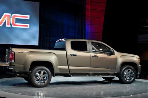 gmc canyon   truck trend