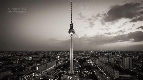fernsehturm berlin schwarz wei 223 voss fotografie digital analog