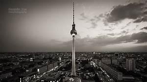 Berlin Schwarz Weiß Bilder : fernsehturm berlin schwarz wei alexander voss fotografie digital analog ~ Bigdaddyawards.com Haus und Dekorationen