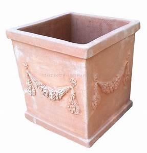 Pflanzkübel Terracotta Eckig : term hlen terracotta impruneta quadratischer terracotta pflanztopf ~ Orissabook.com Haus und Dekorationen