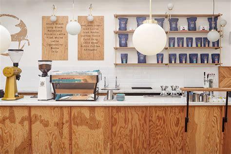 Share love in serving waffle perfection and specialty coffee. Em Nova Delhi, Quick Brown Fox está prosperando com paixão e qualidade | Cafe Lier