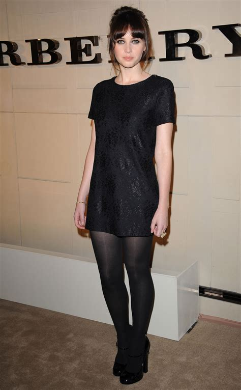 felicity jones  burberry body fragrance launch  los