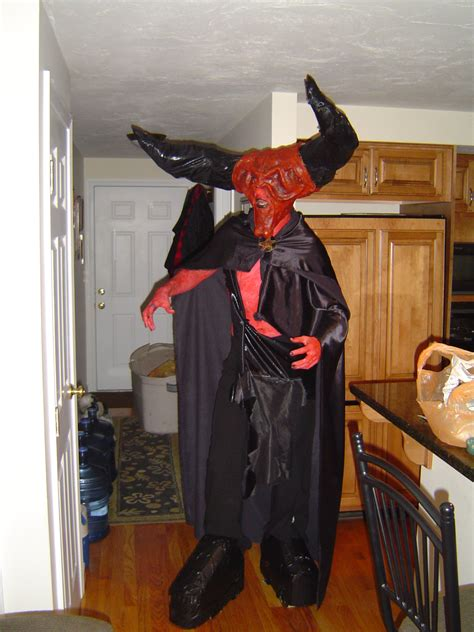 dh erics darkness costume