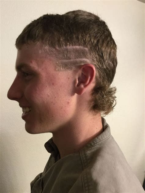 How To Make A Cool Hairstyle For Guys by S Cut Racing Stripes Mullet Our Kinda Style In 2019