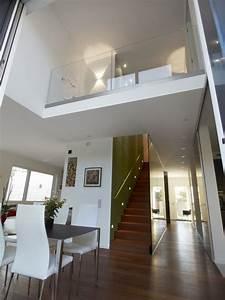 Haus Mit Galerie Im Wohnzimmer Raum Und Mbeldesign