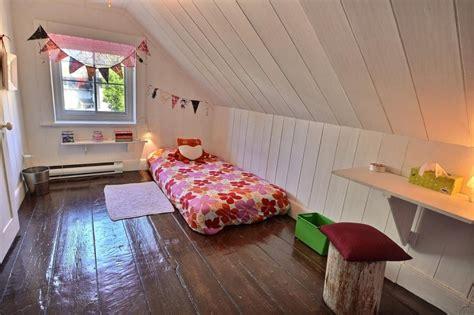 chambre sous les toits chez écrivaine et passionnée d 39 usager déconome