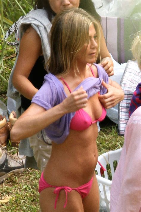 Jennifer Aniston Looking Hot In A Tiny Pink Bikini More