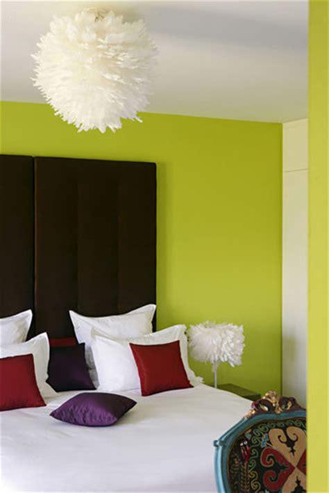 décoration mur chambre à coucher décoration chambre mur vert exemples d 39 aménagements