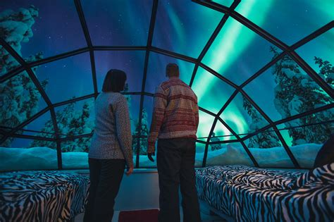 Northern Lights Igloo by Spend The In A Glass Igloo The Northern Lights