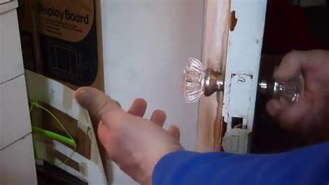 replacing vintage glass door knobs   youtube