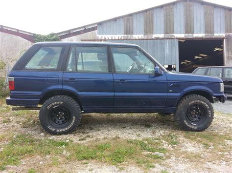 Nouveau Garage Land Rover Dans Le 17