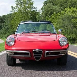 1967 Alfa Romeo Dovetail Spider 1600 Convertible Matching