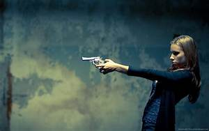 Girl Gun Wallpapers (49 Wallpapers) – Adorable Wallpapers