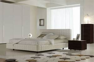 Made In Italy Leather Platform Bedroom Sets With Tufted